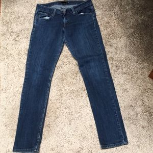 Levi's too superlow 524 jeans. 8M also fits a 6